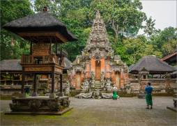 Ubud-Monkey-Forest-Monkey-Temple